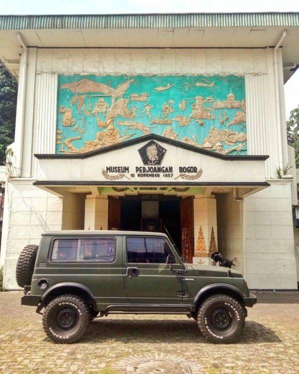 10 Destinasi Wisata Horor di Bogor, Ada Gerbang Menuju Kerajaan Ajaib