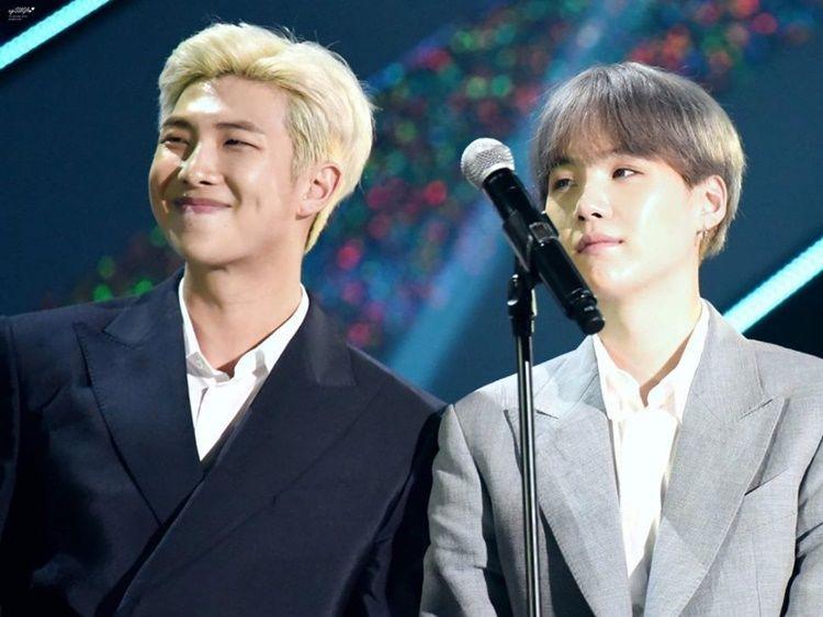 9 Tahun Bersama, Intip 10 Potret Persahabatan Suga dan RM 'BTS'