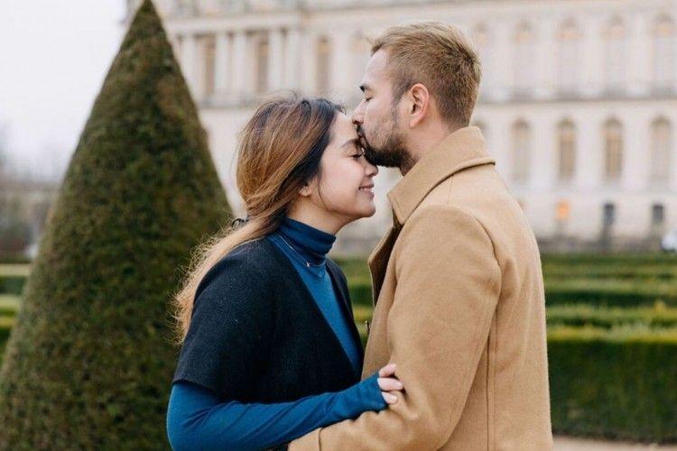Kunjungi Istana Megah, Ini Potret Liburan Raffi dan Nagita di Paris