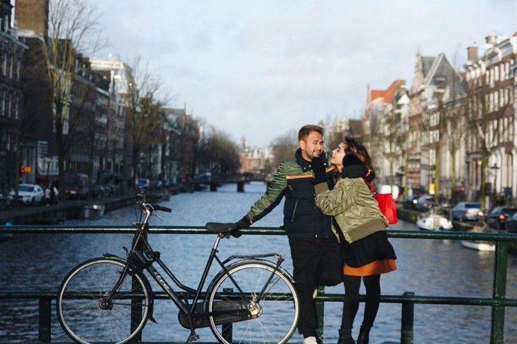Ini 5 Potret Keseruan Raffi Ahmad dan Nagita Slavina di Belanda