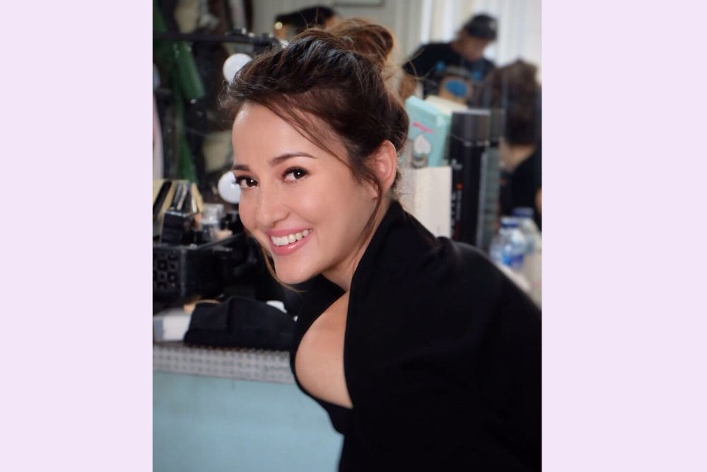 Cantiknya Effortless, Ini 8 Potret Julie Estelle