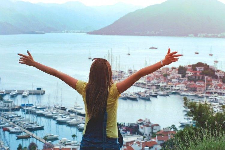 Ini 7 Hal Brilian Yang Bisa Kamu Terapkan Saat Traveling