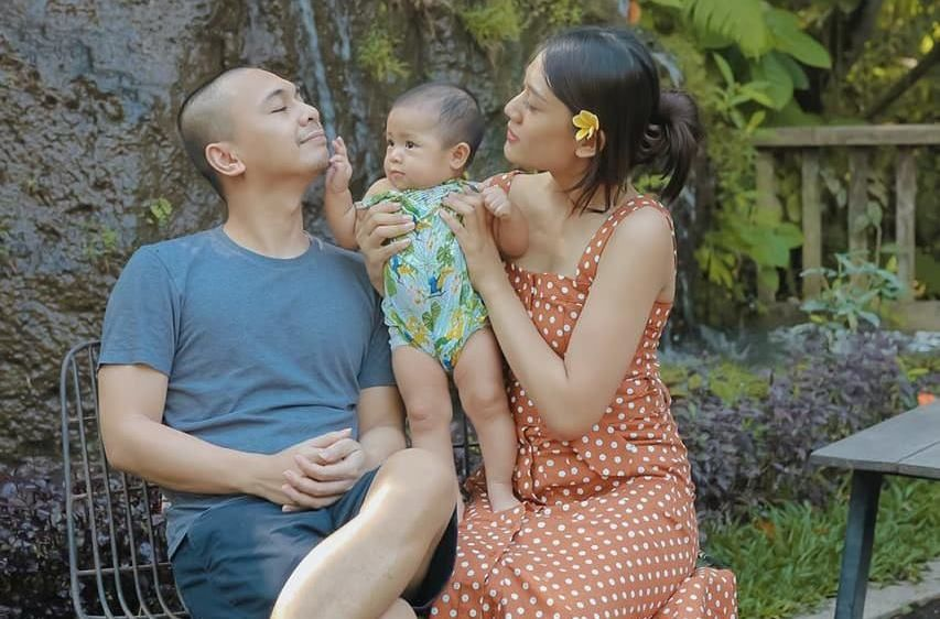 Anti-Drama, 5 Pasangan YouTuber Ini Dikenal Kompak dan Romantis