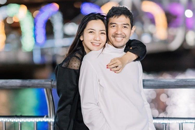 10 Potret Keseruan Keluarga Hesti Purwadinata, Family Goals!