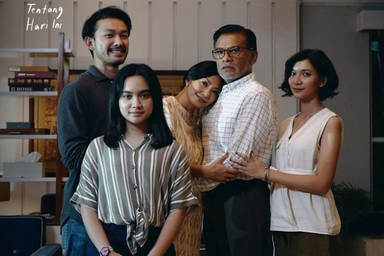 Review Film NKCTHI: Kisah Keluarga Manis yang Sukses Bikin Nangis