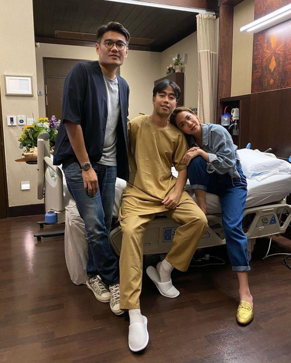 10 Potret Terkini Kondisi Vidi Aldiano Pasca Operasi Kanker, Semangat!