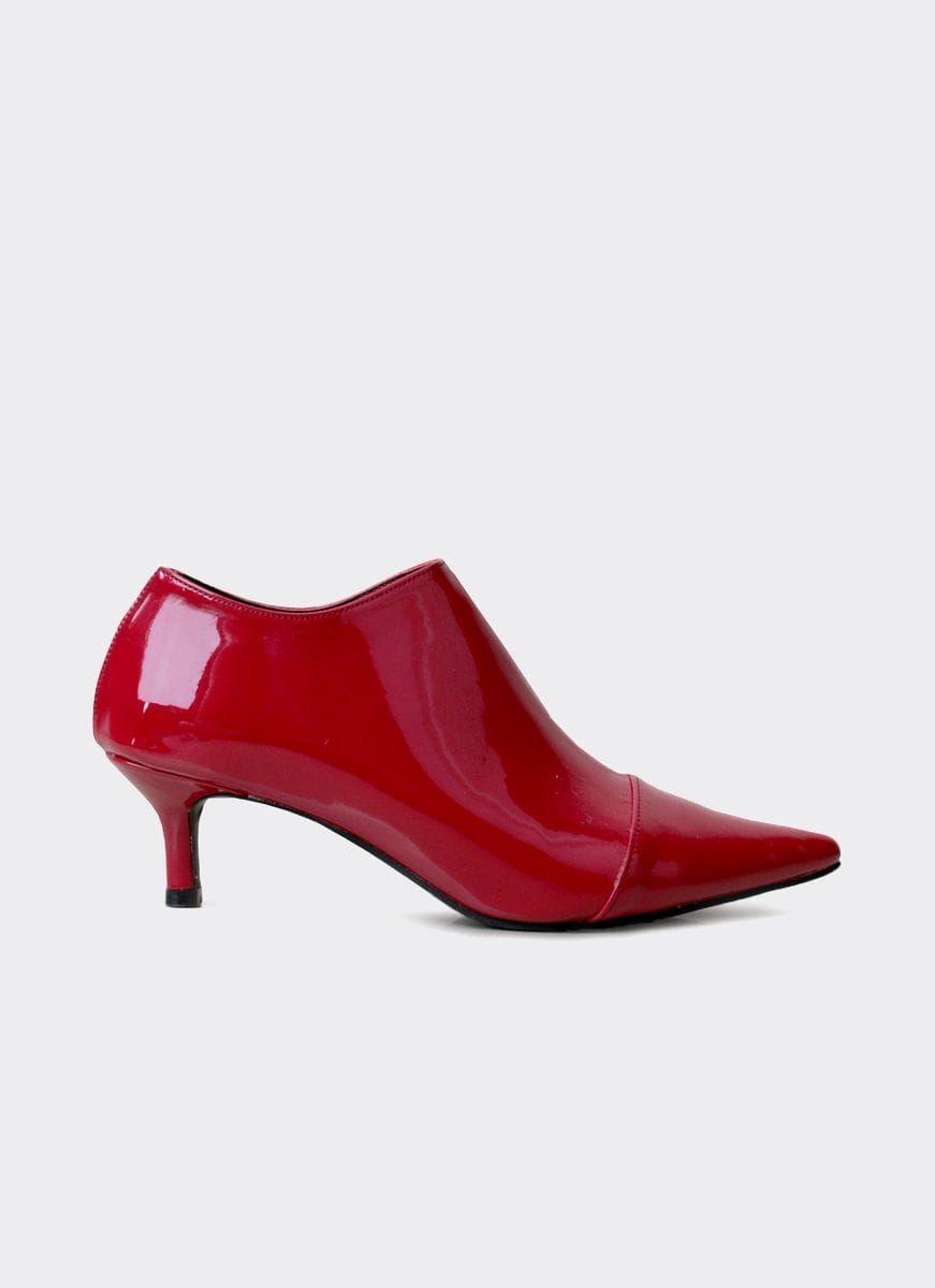 #PopbelaOOTD: Fashion Item Serba Merah untuk Rayakan Natal