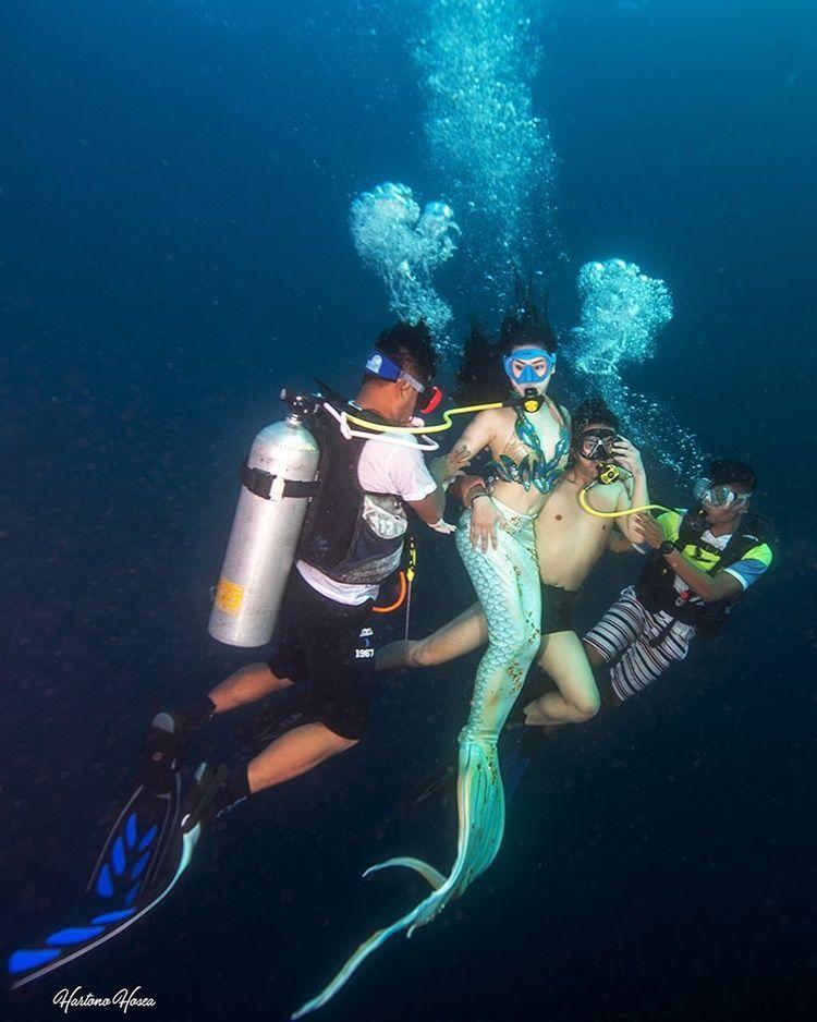 Terinspirasi KDrama, 7 Foto Pre-Wedding Boy William di Bawah Laut