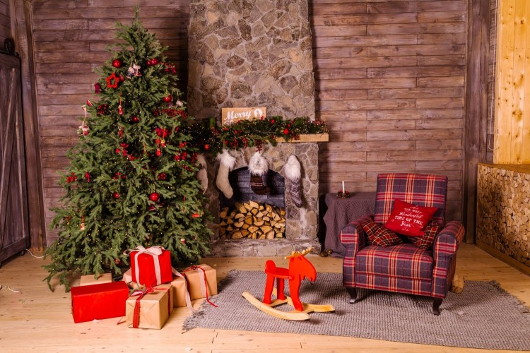 Antimainstream, Ini 10 Ide Kreasi Pohon Natal yang Unik dan Kreatif