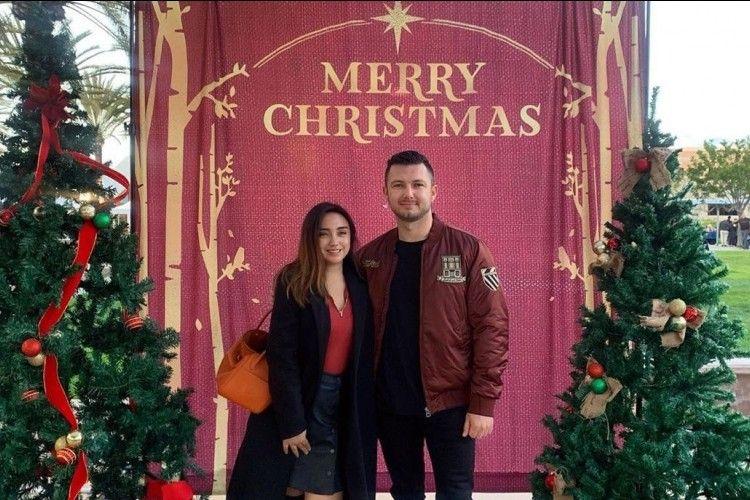 Intip 8 Potret Cantik Salmafina Sunan Rayakan Natal Pertama di Amerika