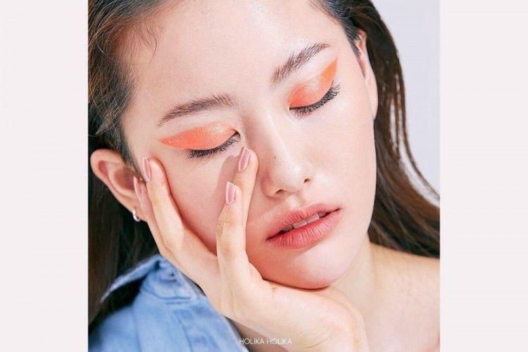 Buat yang Baru Belajar Makeup, Ini Eyeshadow yang Cocok untuk Kamu