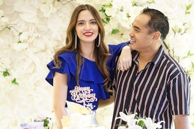 10 Potret Romantis Nia Ramadhani dan Ardi Bakrie yang Jarang Disorot