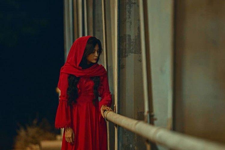 Review Film Si Manis: Horor Gore dengan Plot Twist Nggak Terduga