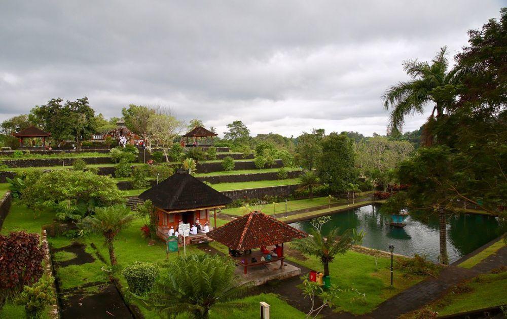 Tak Hanya Pantai, Lombok Juga Punya 6 Lokasi Wisata Ini Lho!