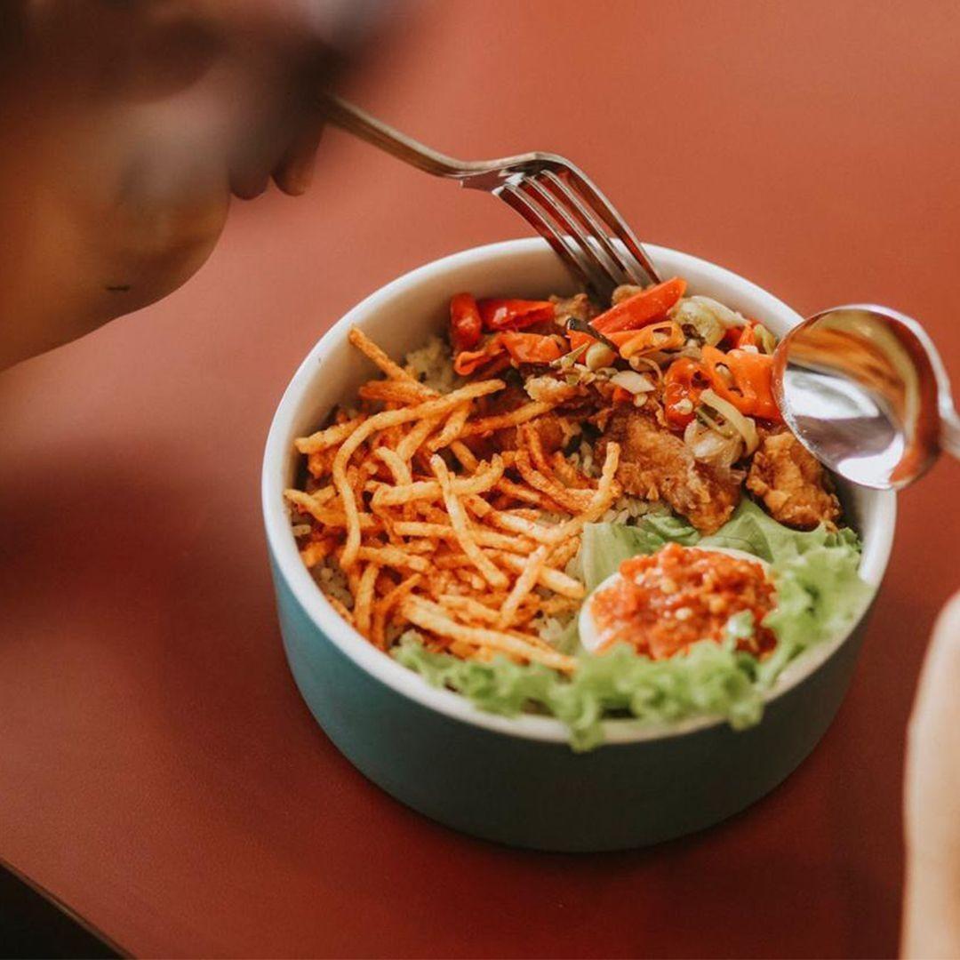 Nggak Capek Antre, Deretan Kuliner Hits Ini Bisa Kamu Pesan Online
