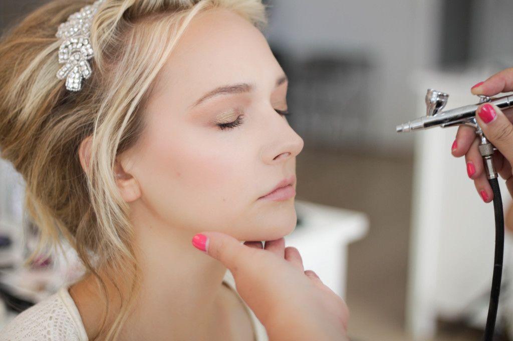 Berbentuk Unik, Ini 7 Makeup Nggak Biasa yang Wajib Kamu Coba