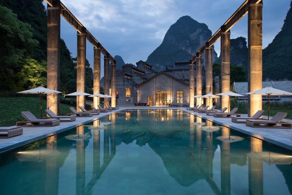 Deretan Hotel di Dunia dengan Pemandangan yang Memanjakan Mata