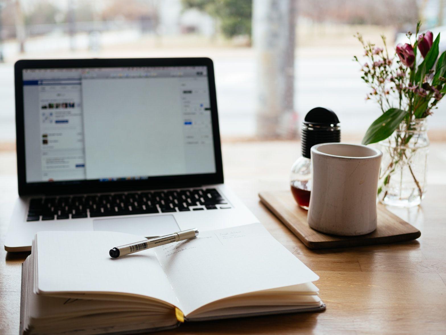 Tetap Produktif, Ini Dia 7 Pekerjaan yang Cocok Untuk Kaum Rebahan