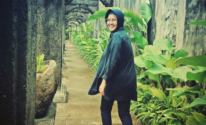 Lewati Lika-Liku Kehidupan, Ini 9 Perjalanan Karier Ria Irawan