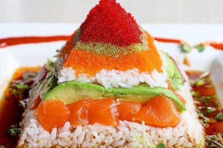 Nggak Hanya Berbentuk Roll! 5 Sushi ini Punya Variasi yang Unik
