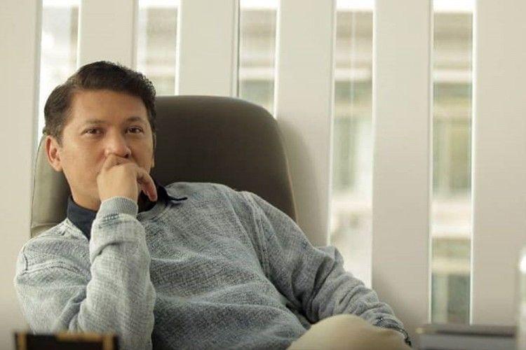 Review Film Temen Kondangan: Drama Datang ke Kondangan Mantan