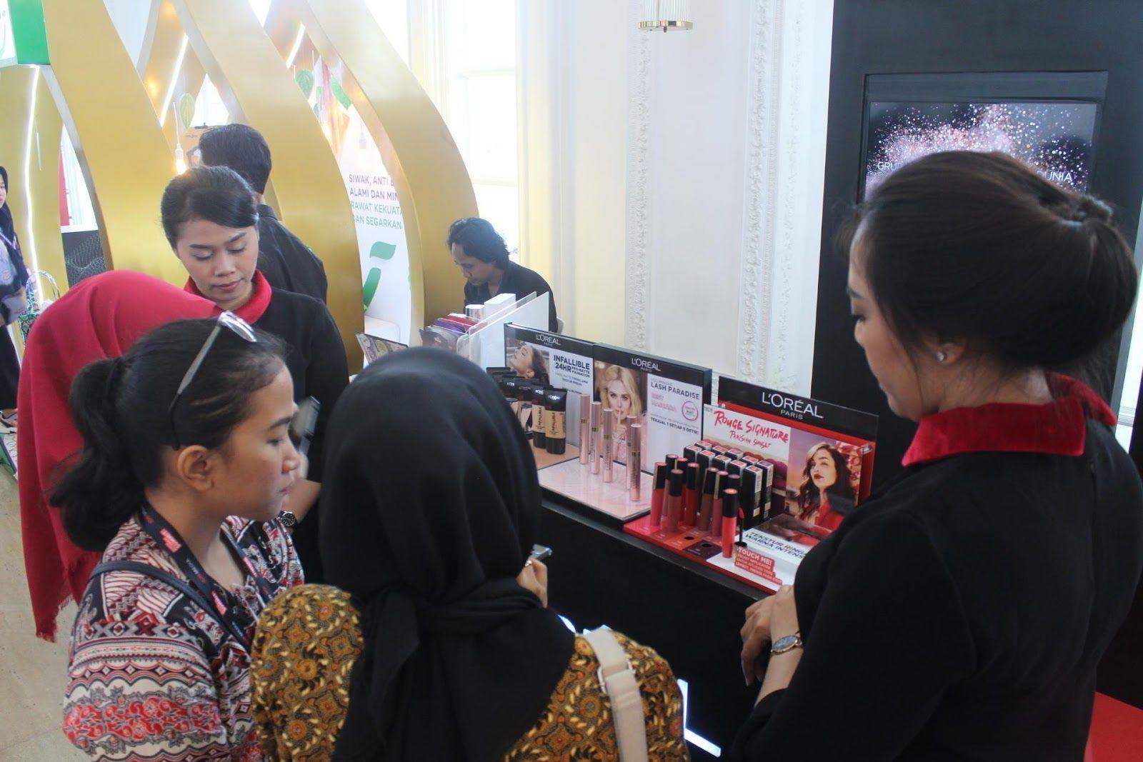 Hadirkan Teknologi Terbaru di IMS 2020, Booth L'Oreal Ramai Pengunjung