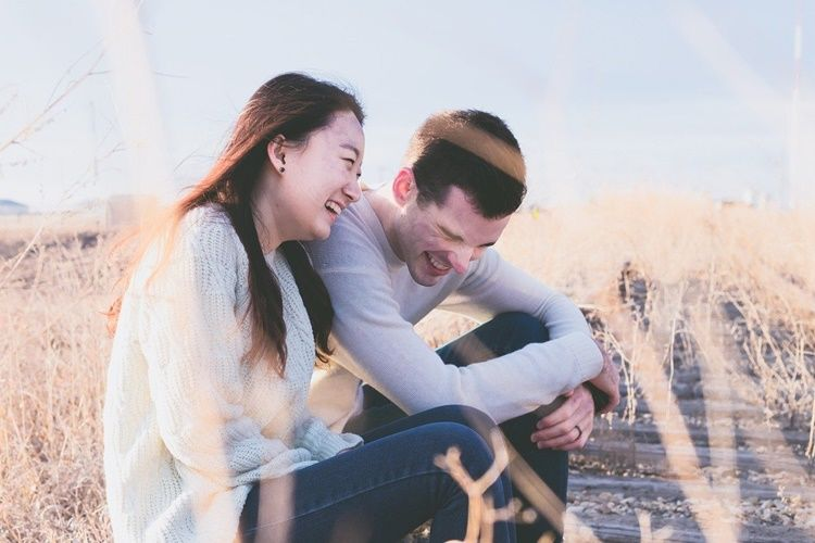 5 Alasan Memilih Pasangan Hidup dari Karakter & Sifatnya Itu Penting