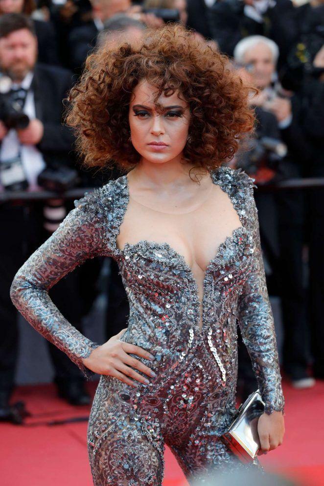 10 Artis Bollywood Terseksi Sepanjang Masa