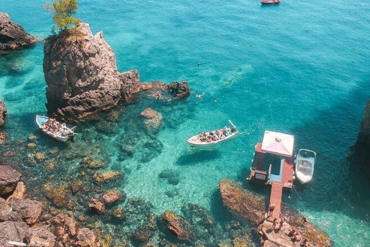 10 Pantai Terindah di Eropa yang Wajib Kamu Kunjungi