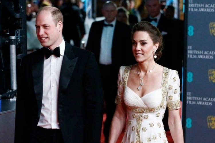 8 Pasangan yang Menghangatkan Karpet Merah BAFTA Awards 2020