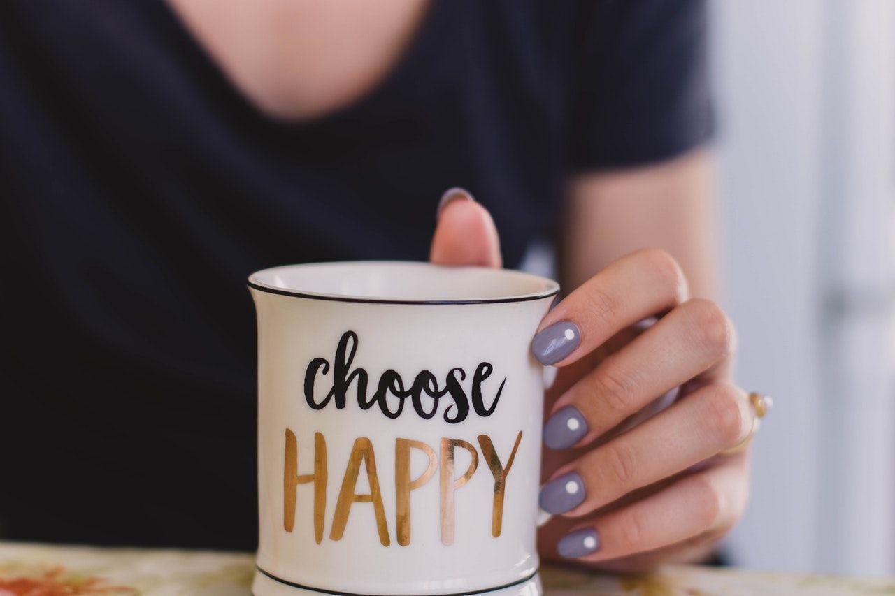 7 Alasan Kenapa Kamu Sulit Mutusin Walaupun Dia Bukan Pasangan Baik