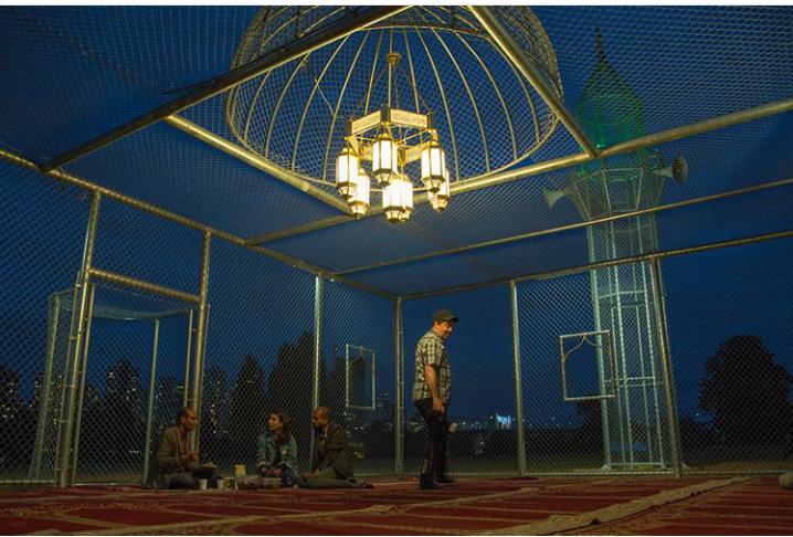 Unik Banget! Ini 7 Potret Masjid Transparan Karya Guru Matematika