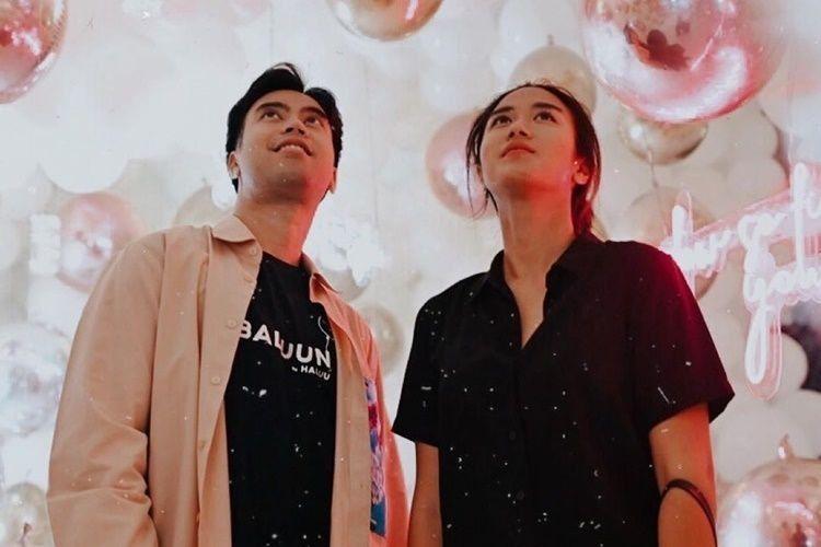 10 Foto Serunya Persahabatan Vidi Aldiano dan Chef Renatta Moeloek