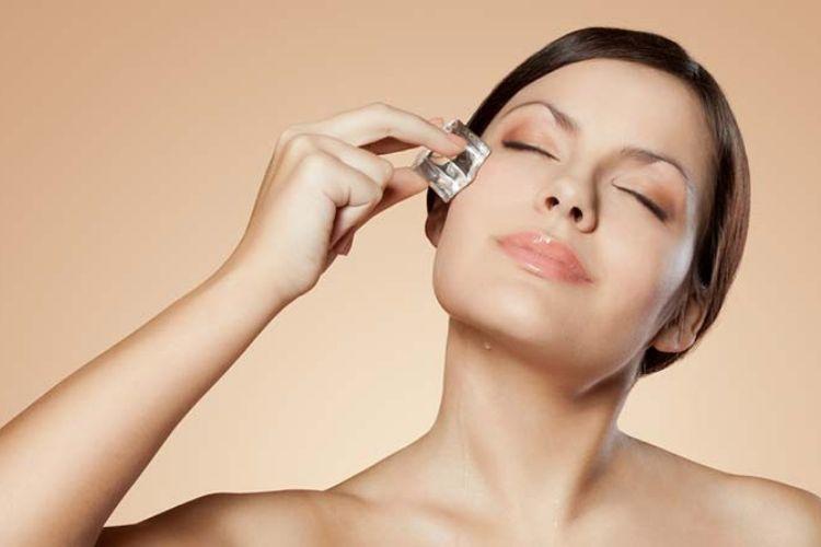 7 Manfaat Es Batu untuk Kecantikan yang Bikin Kamu Ingin Mencobanya