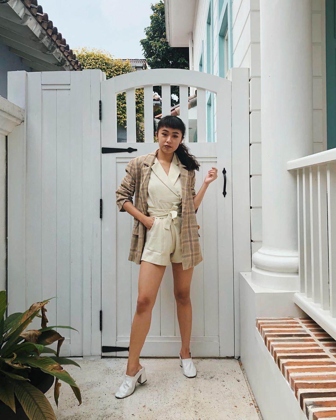 Tiru Yuk! Gaya OOTD Selebgram Indonesia dengan Blazer