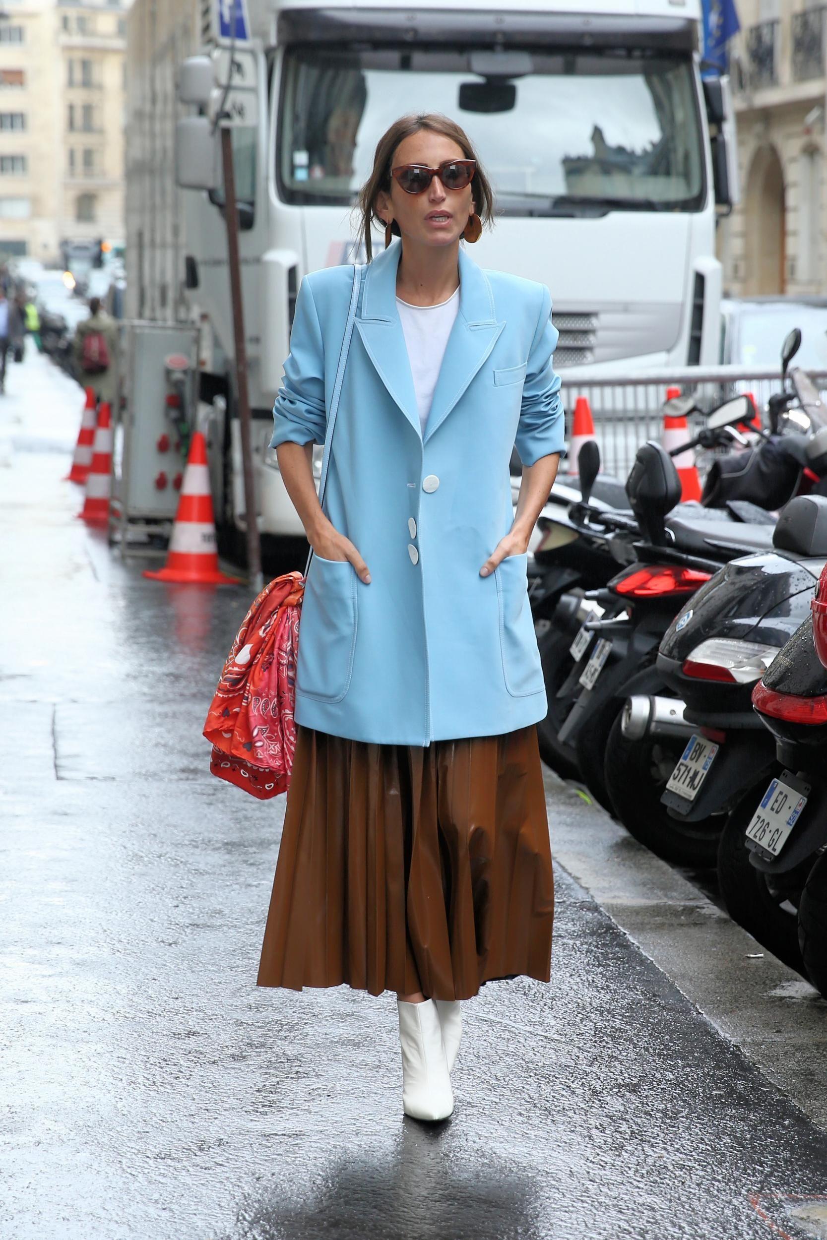 Upgrade Penampilanmu dengan Blazer Biru