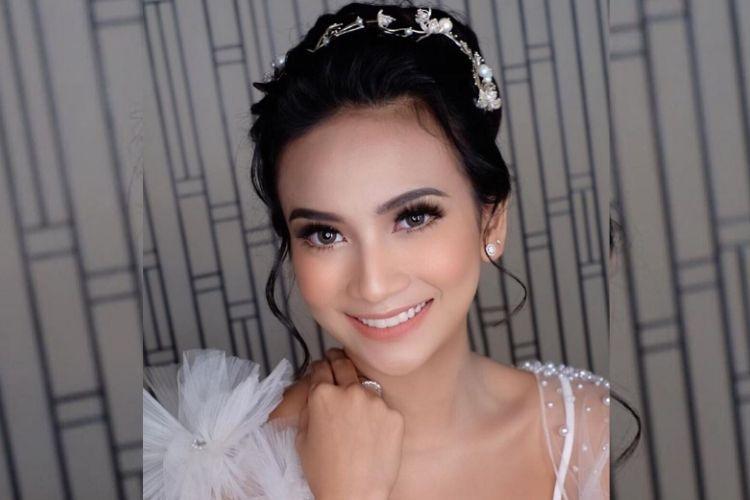 Digelar Di Bali Intip 6 Momen Resepsi Pernikahan Vanessa Angel