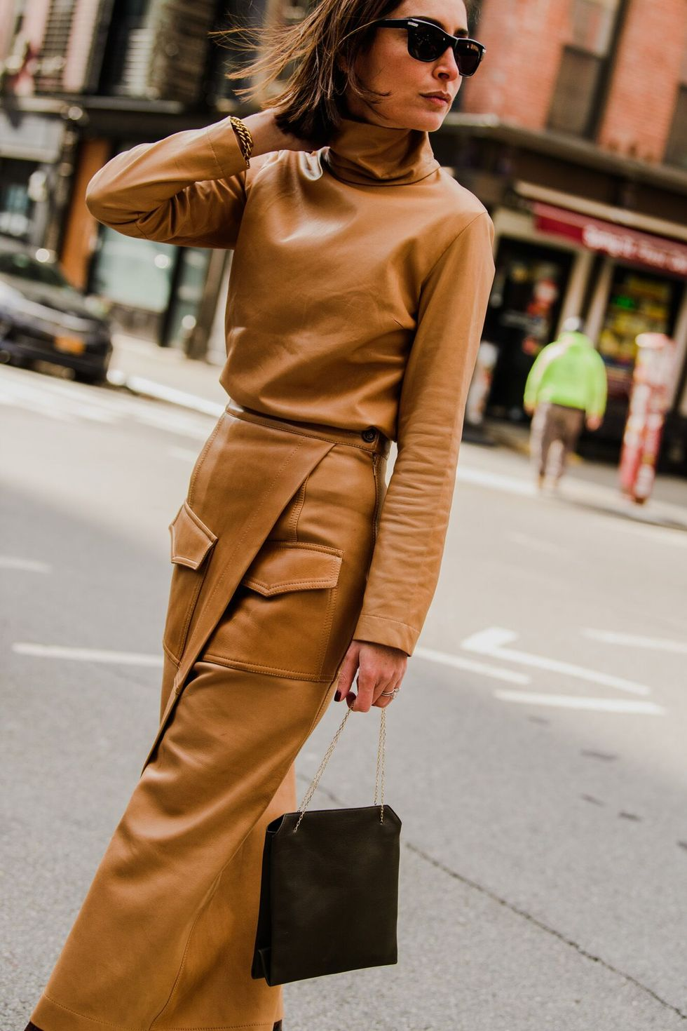 Leather Outfit jadi Trend di New York Fashion Week 2020, Berani Coba?