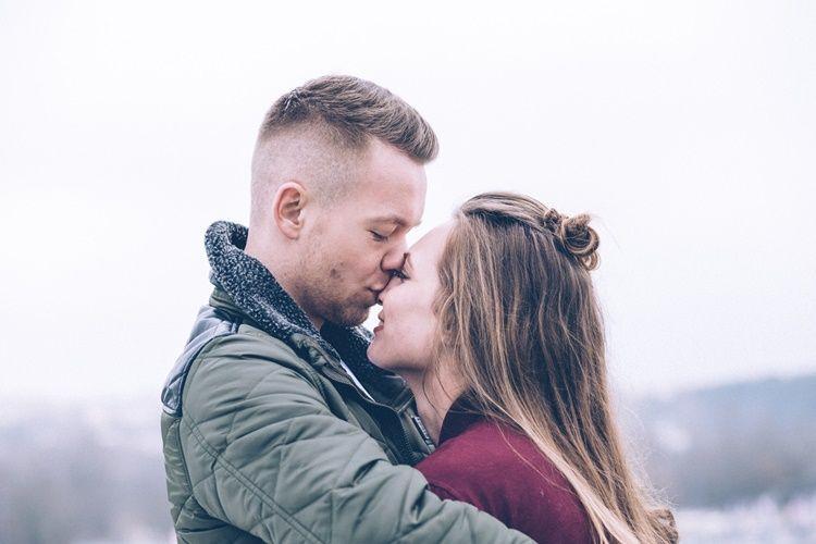 Bikin Pasangan Melayang, Ini 8 Cara Menjadi Pemberi Ciuman yang Hebat