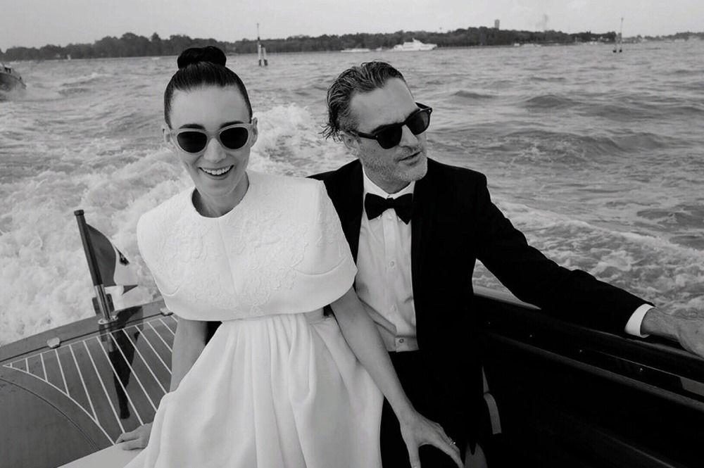 Intip Manisnya Perjalanan Cinta Joaquin Phoenix dan Rooney Mara