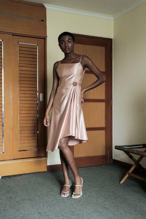 #PopbelaOOTD: Rekomendasi Dress Warna Pink untuk Ngedate