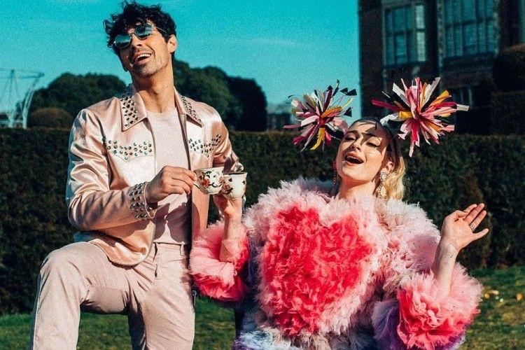 Sophie Turner Hamil, Ini 10 Potret Kerennya Hubungan dia dan Joe Jonas