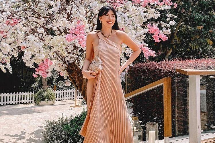 Inspirasi Dress dari Selebgram Indonesia yang Bisa Kamu Contek!
