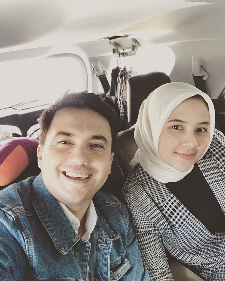 Segera Menikah, 9 Fakta Calon Istri Sahrul Gunawan yang Beda 19 Tahun