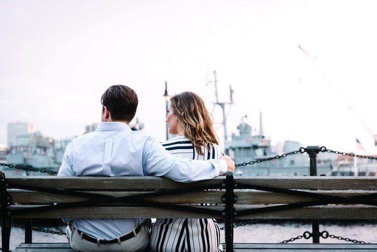 10 Tanda Laki-Laki Dewasa Saat Membangun Hubungan, Pacarmu Gimana?