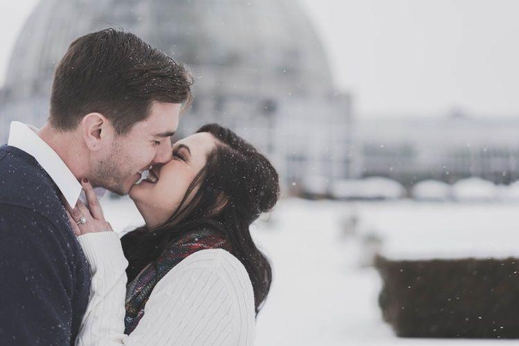 10 Tanda Kamu Ahli dalam Berciuman Sampai Bikin Dia Tergila-gila