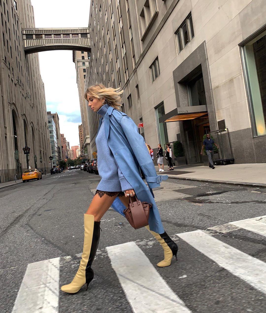 Ikuti Tren Terbaru dengan Outfit Two-tone yang Kekinian