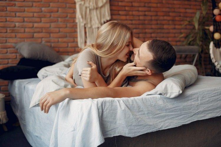 Jago Menggoda, Ini 5 Posisi Seks yang Cocok untuk Gemini