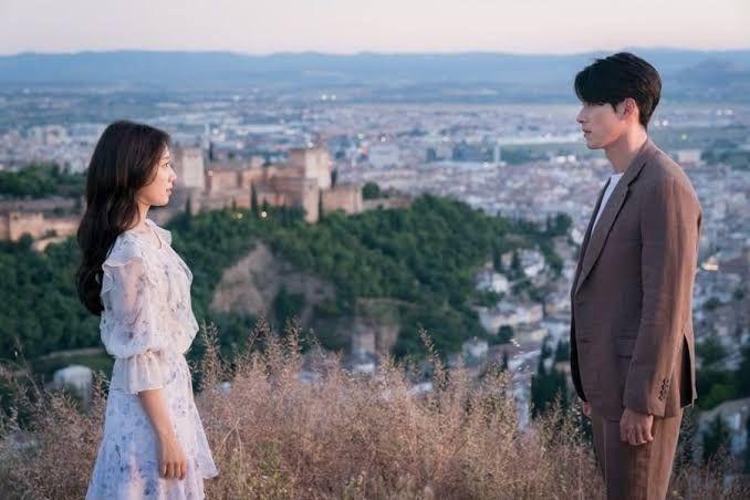 5 Rekomendasi Drama Hyun Bin dan Son Ye Jin,Crash Landing On You