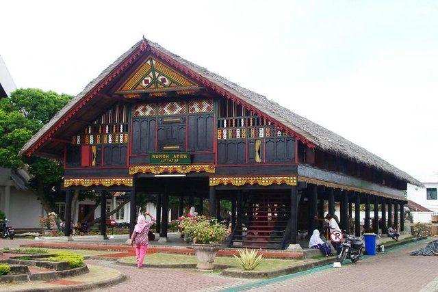 Dapat Bertahan Hingga 200 Tahun, Ini 5 Keunikan Rumah Adat Aceh